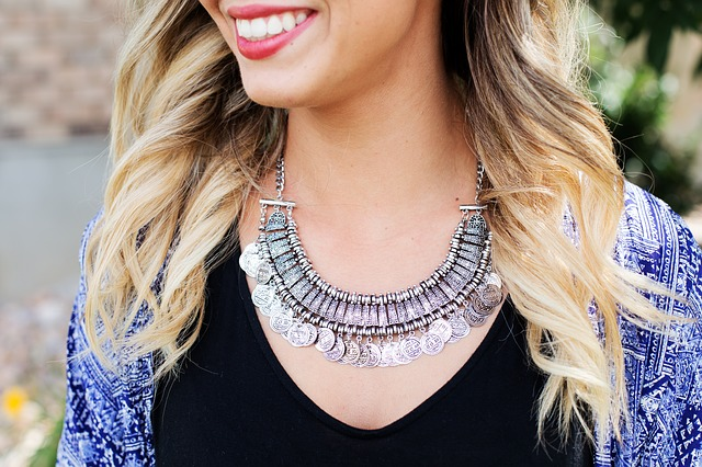 necklace-518268_640