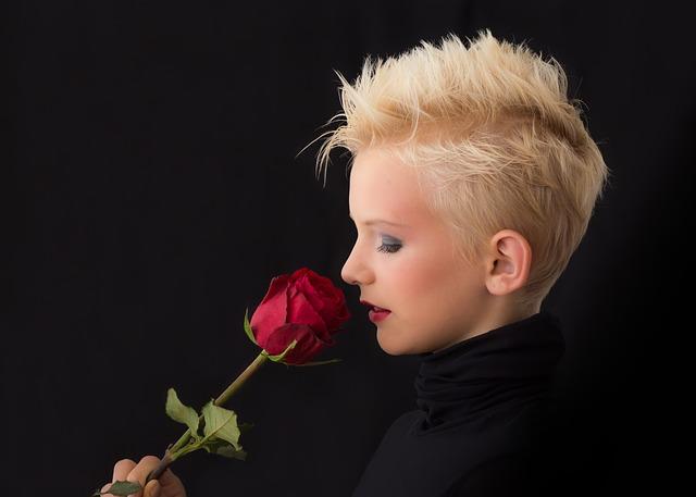 profile-449912_640