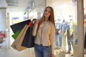 女装で買い物するとき「声」はどうするの?