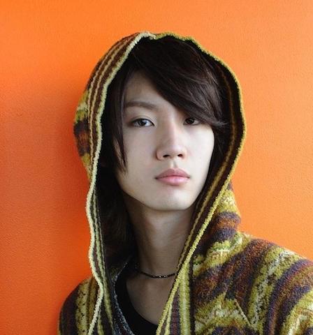 イケメン俳優・桜田通さんの女装した姿に学ぶ!美しく見える3つの仕草