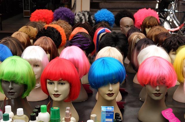 wigs-2224880_640