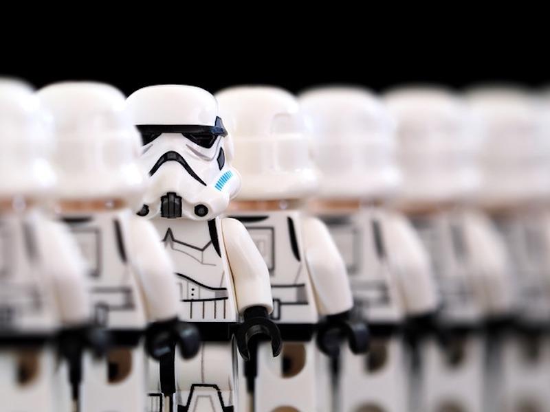 stormtrooper-2899982_640
