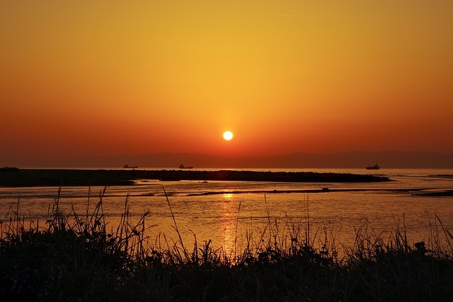 sunrise-3437735_640