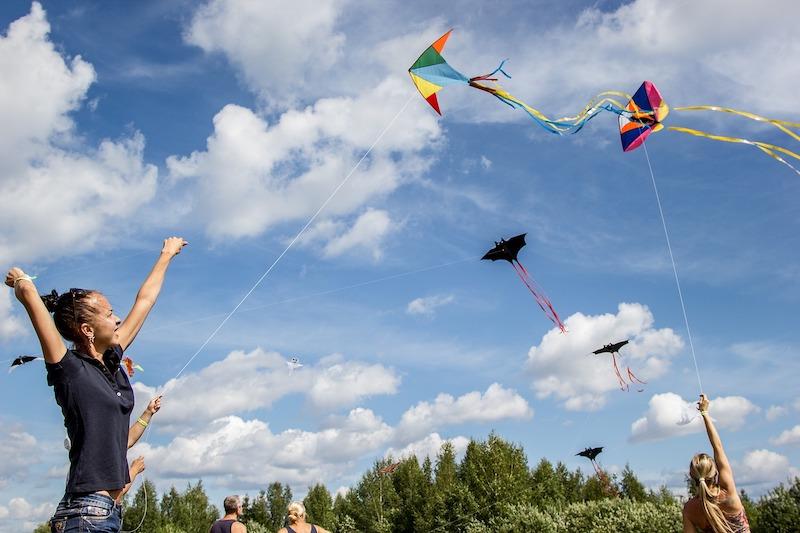 kite-2173917_1280